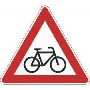 Radfahrer kreuzen (Aufstellung links)